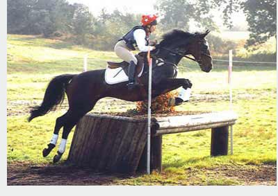 Minnie competes ex-racehorse Duke at Tweseldown Horse Trials